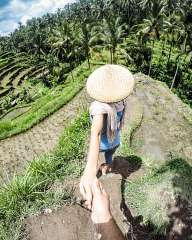 Follow me... On the rice terraces