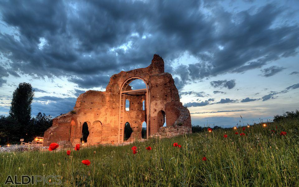 Червена църква