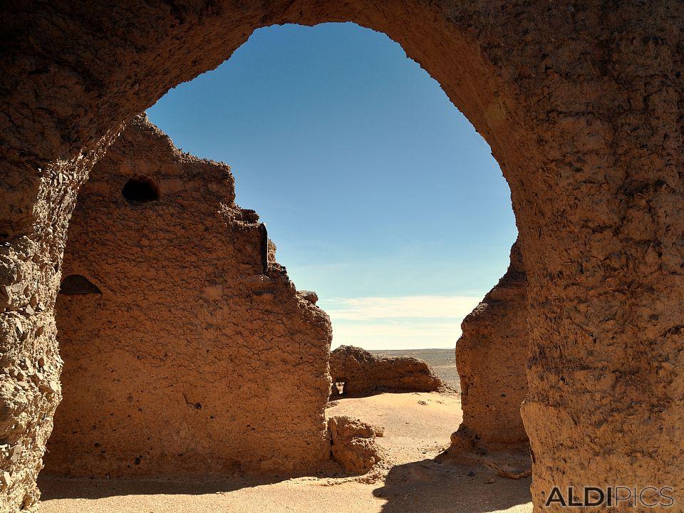 Руини в Сахара