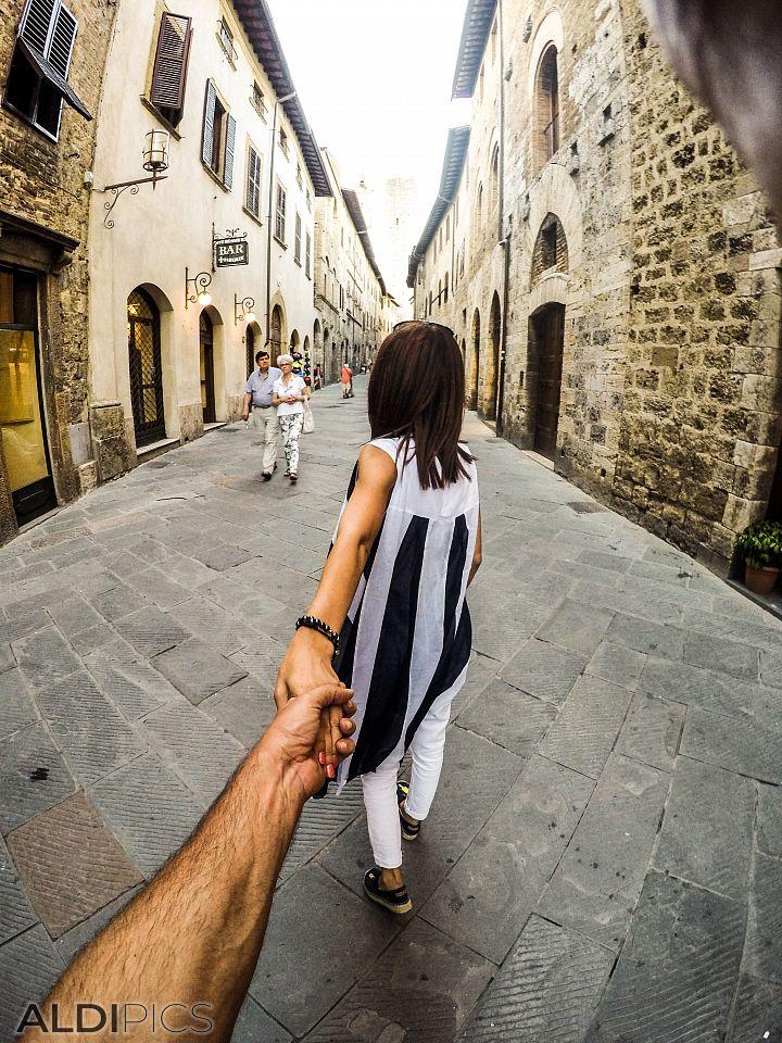 Следвай ме... В Тоскана