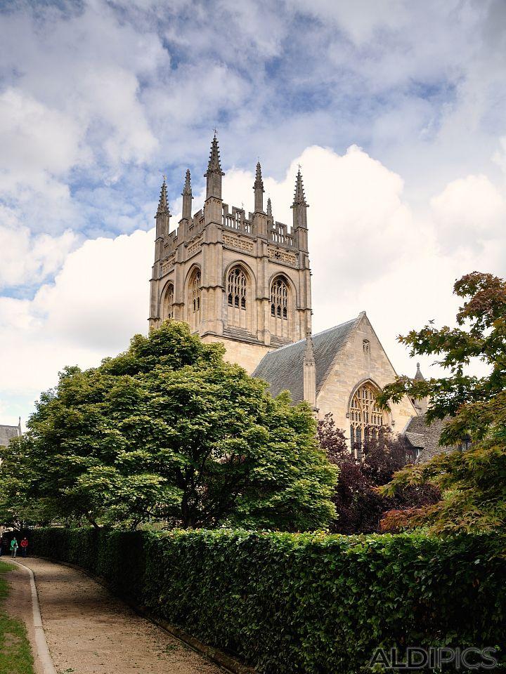 Universities in Oxford