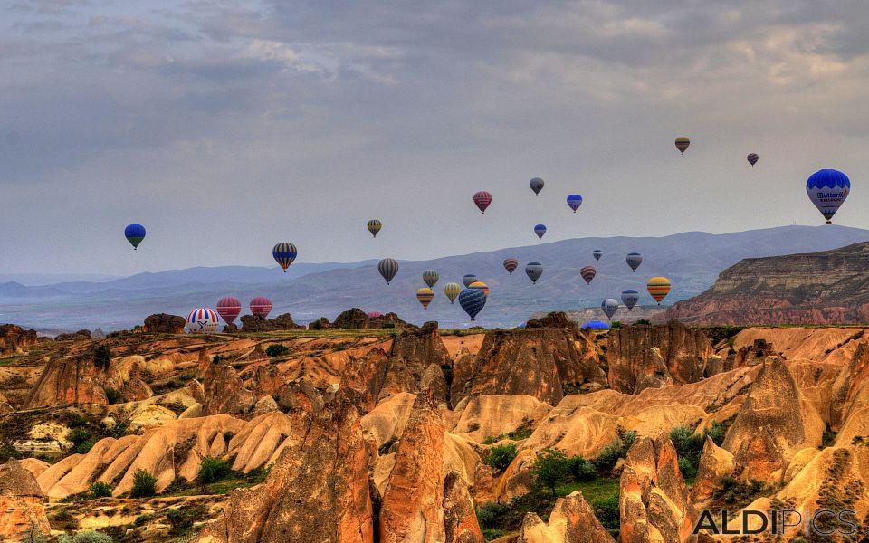 Cappadocia: balloons, balloons...