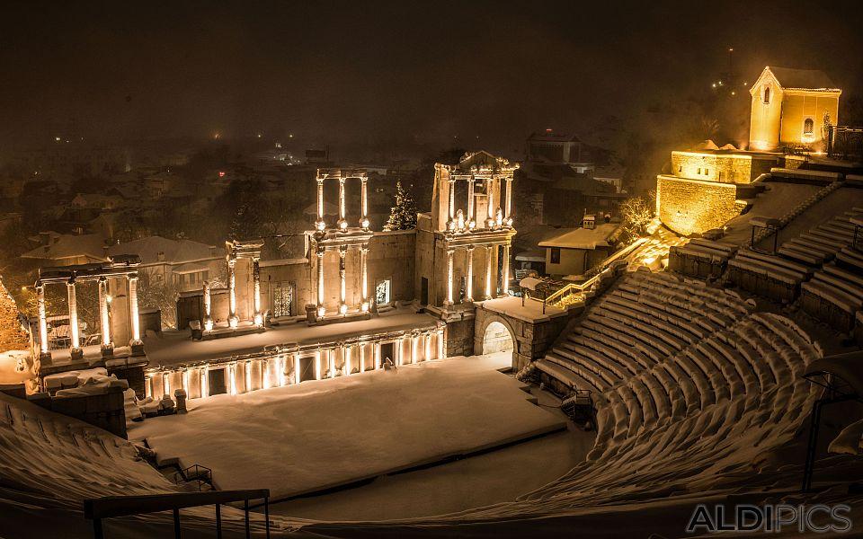 Snow theater