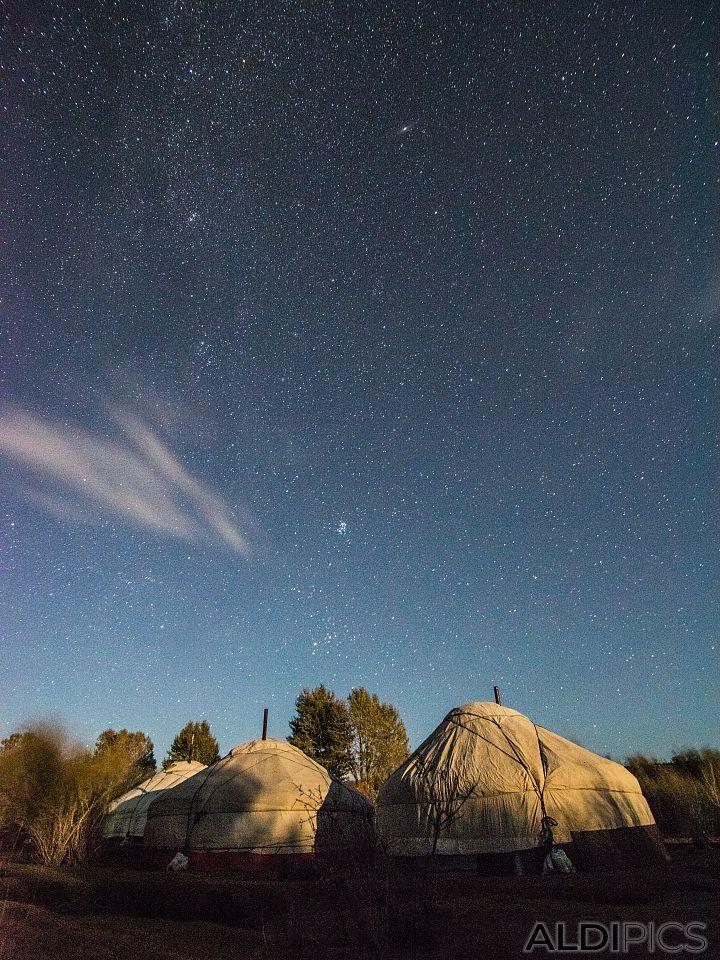 Night over the yurt