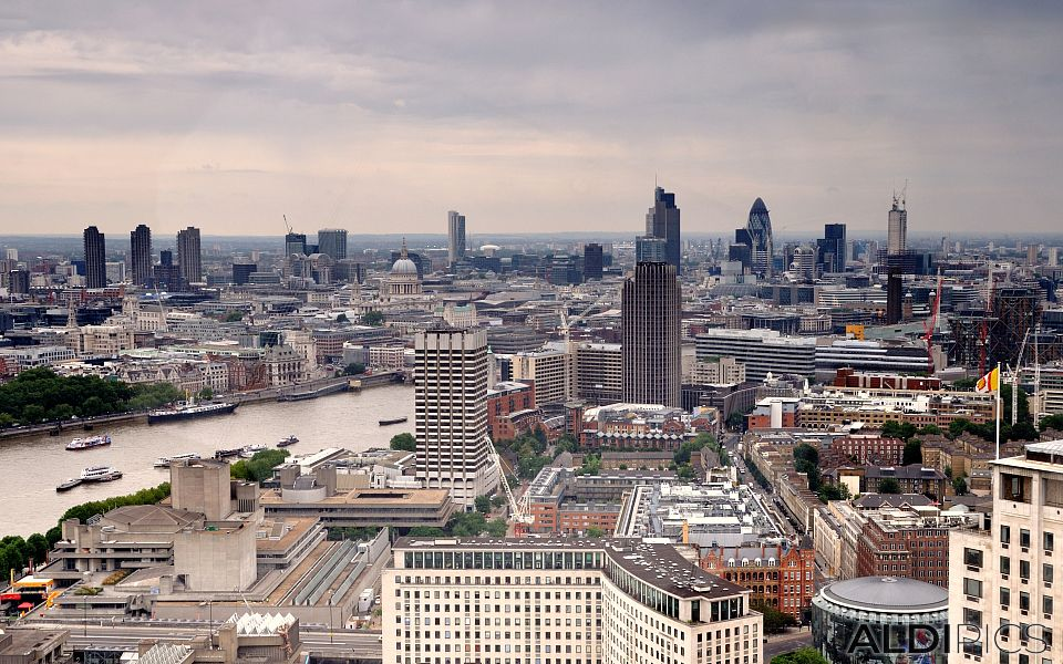 """View of London from the """"Eye"""""""