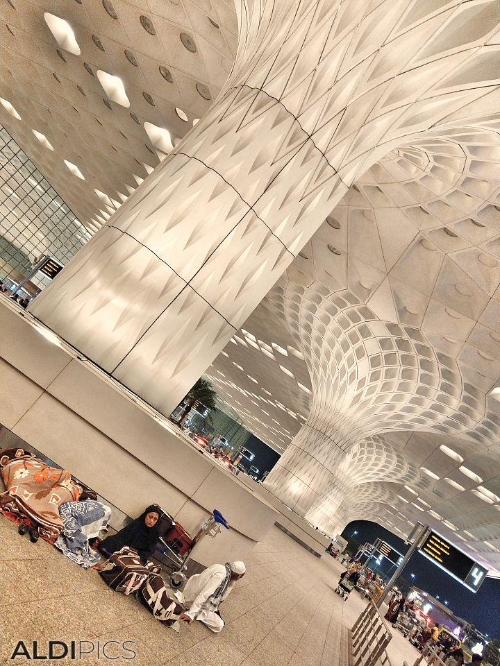 Летище Мумбай