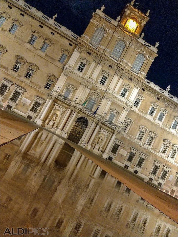 Night in Modena